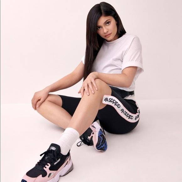 chaussure adidas kylie